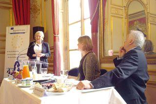 Paris-20120605-00073